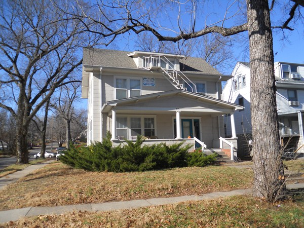 415 N  16th St  Manhattan  KS 66502. 415 N 16th St Manhattan  KS apartment  rental details   VillaFay