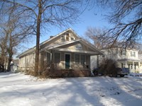 One Four Bedroom Apartments Rentals Manhattan Kansas