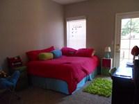Bedroom in 2 Bdr
