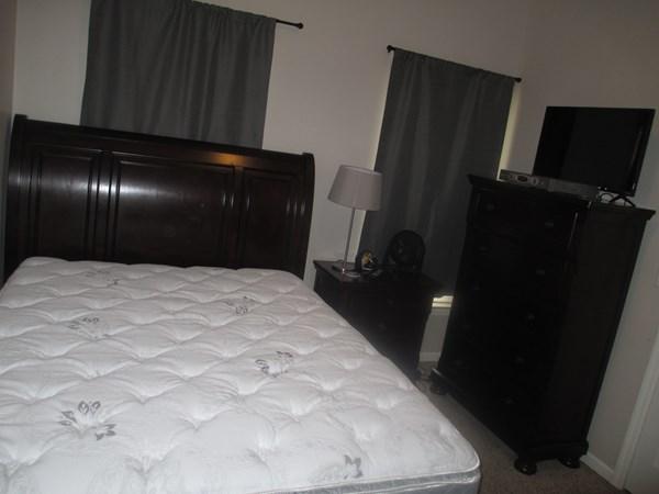 large 1 bedroom apt living room in 1 bdr apt kitchen in 1 bdr apt